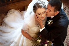 Amandas-Mountain-Top-Wedding-with-brown-and-shimmery-pink-eye-and-pinky-mauve-lip-wedding-day-makeup