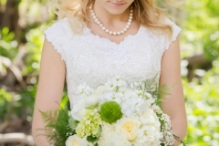Lauren-down-and-loosely-curled-wedding-day-hair-and-natural-looking-wedding-day-makeup